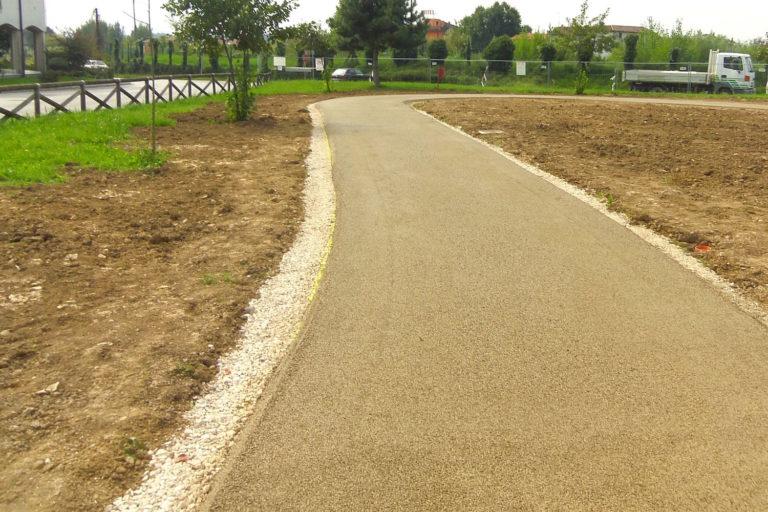Pavimentazioni Drenanti per Piste ciclabili, giardini e vialetti